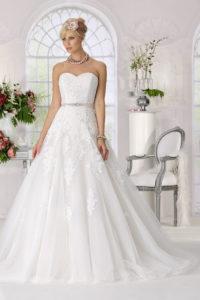 Weiss Ivory Blush Welche Farbe Darf Mein Brautkleid Haben
